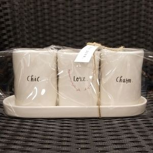 Rae Dunn 3 set cups with tray